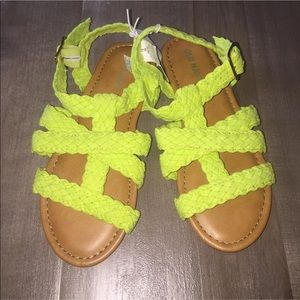 NWT Old Navy size 13 sandals